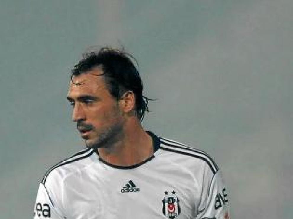 Hugo Almeida, durante un partido con el Besiktas la campaña pasada.