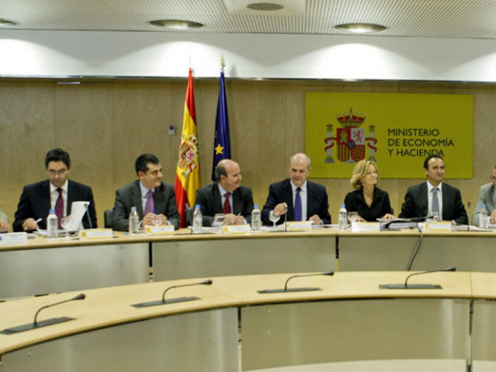 Momento de la reunión del Consejo de Política Fiscal y Financiera celebrado en el Ministerio de Economía