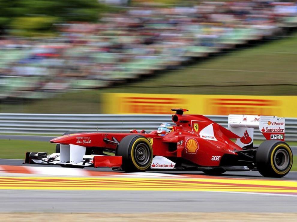 El piloto español Fernando Alonso, en los entrenamientos libres.