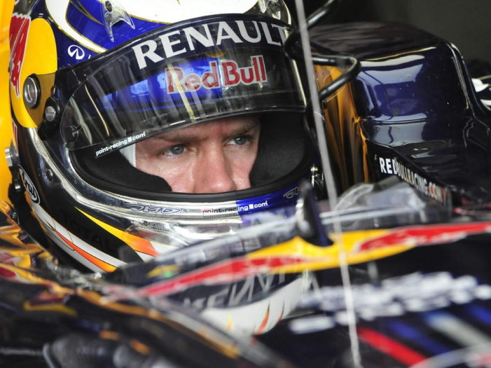 Vettel, durante los entrenamientos en Hungría