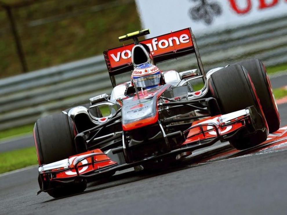 El piloto Jenson Button en la pole