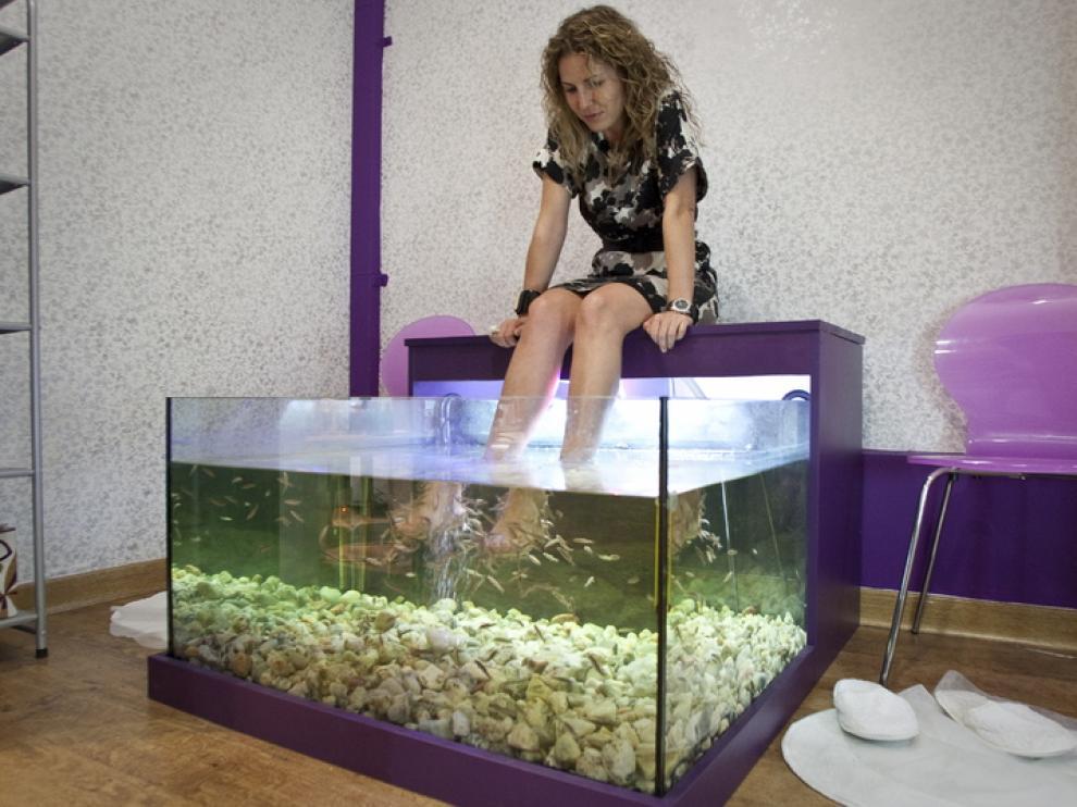 Ana Puelles prepara un tratamiento dentro de la Burbuja O2.