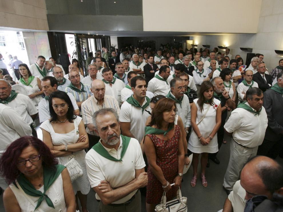 Asistentes a la recepción del 12 de agosto en la Diputación el año pasado.