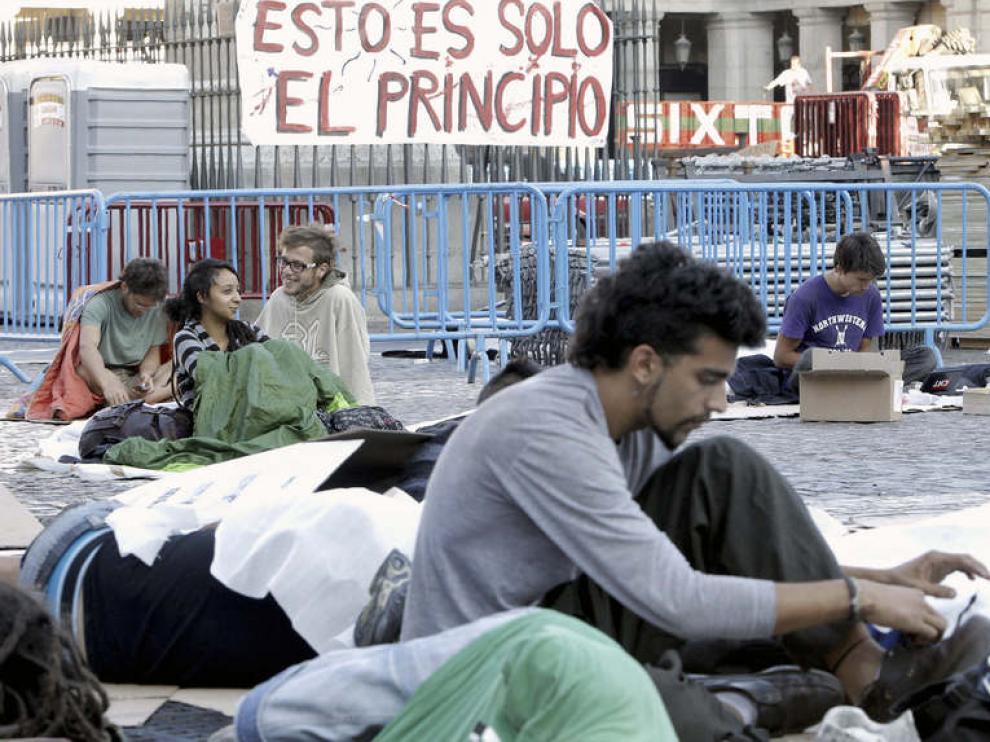 Una veintena de personas permanecían en la madrileña plaza Mayor