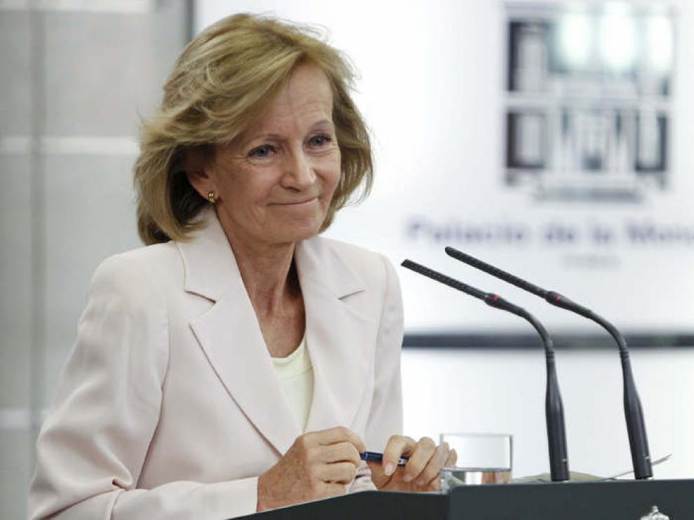 Elena Salgado durante la rueda de prensa en La Moncloa