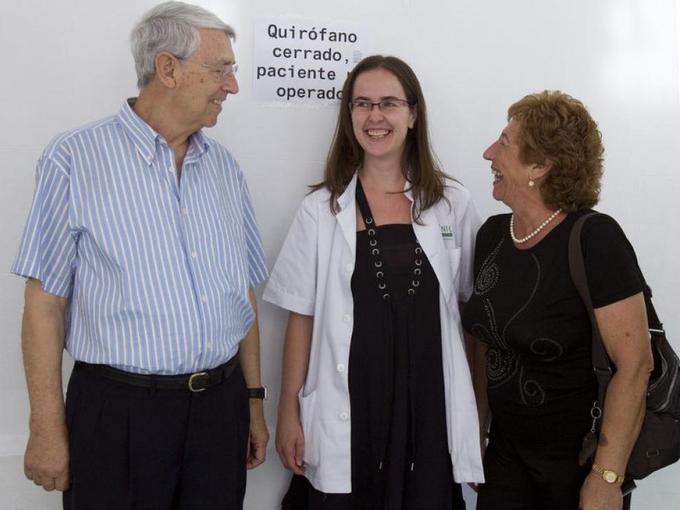 Concepción Jiménez, a la derecha, esposa y donante de riñon a su marido, a la izquierda