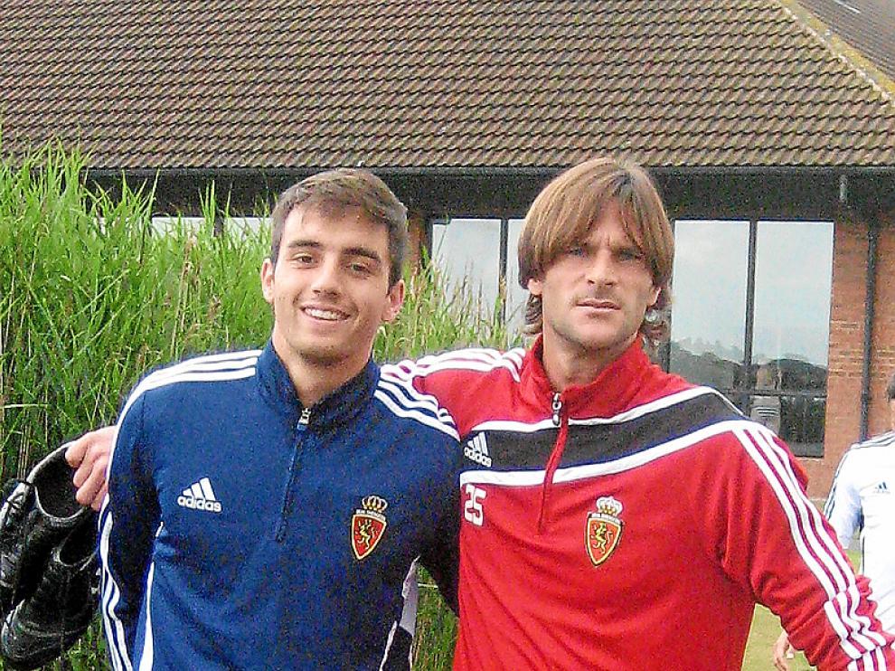 Leo Franco, a la derecha, ayer junto a Raúl Goni.
