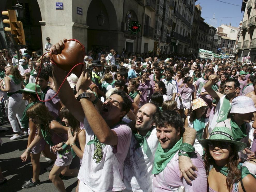 Ambiente laurentino tras el cohete anunciador de las fiestas de Huesca