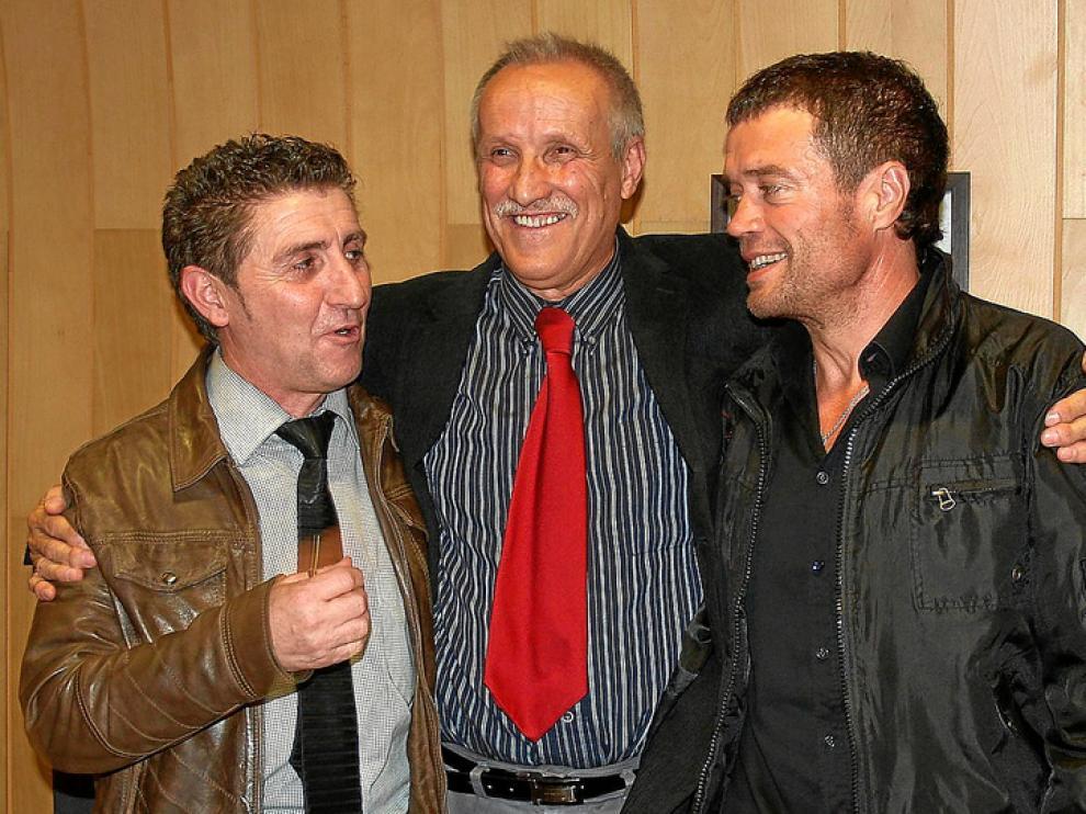 Alfonso Salillas (i), junto a Manuel Conde (c) y Daniel Périz (d) en una imagen de archivo