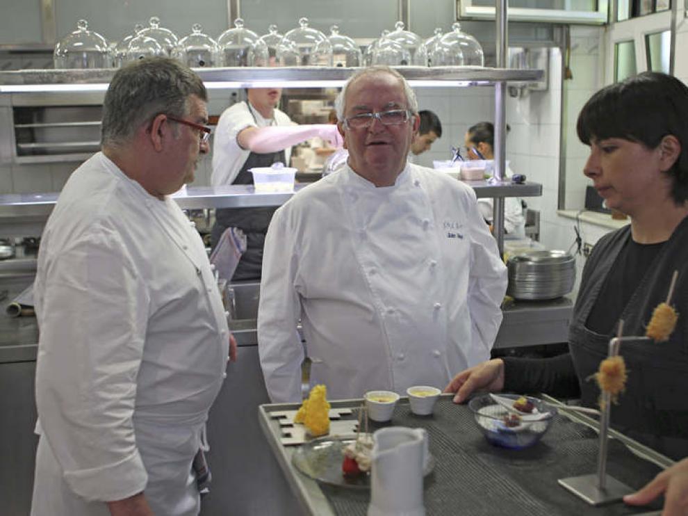 Juan Mari Arzak respalda la comida de la escudería HRT