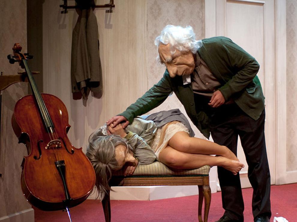 Escena de 'André y Dorine', obra de teatro que se escenifica hoy en Mora de Rubielos.