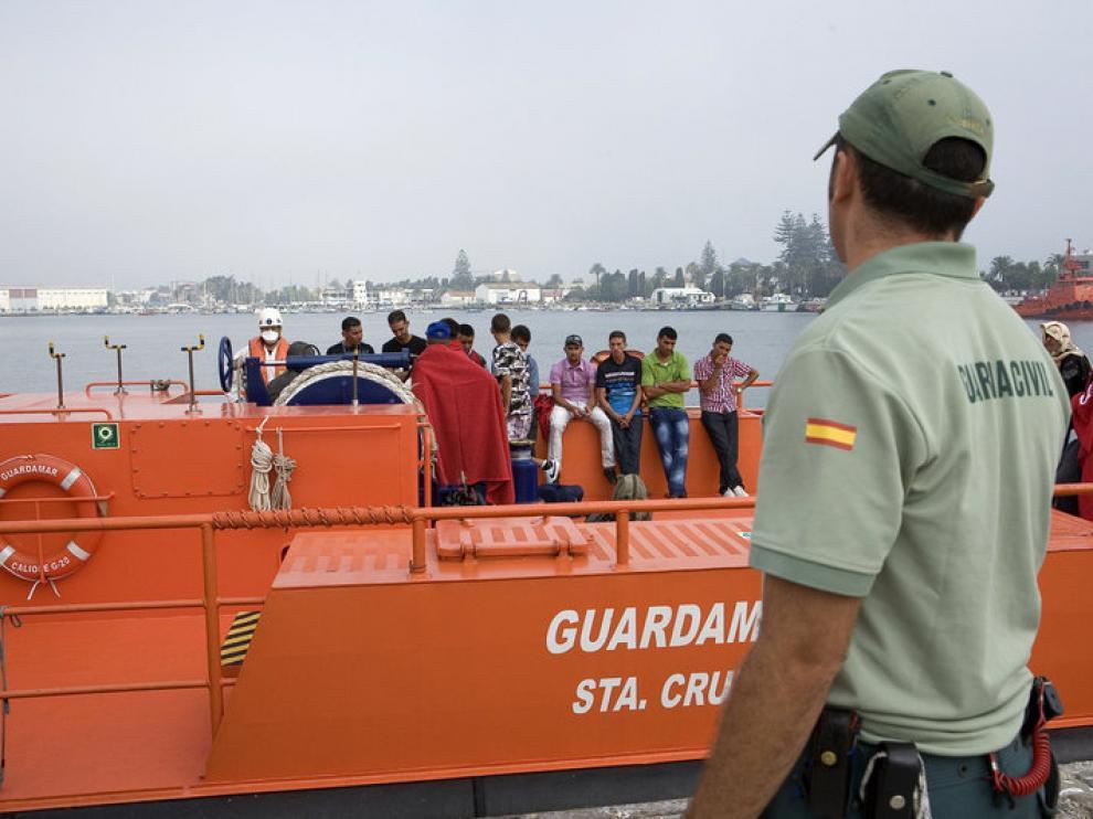 Llegada al puerto de Motril de inmigrantes rescatados, en una imagen de archivo