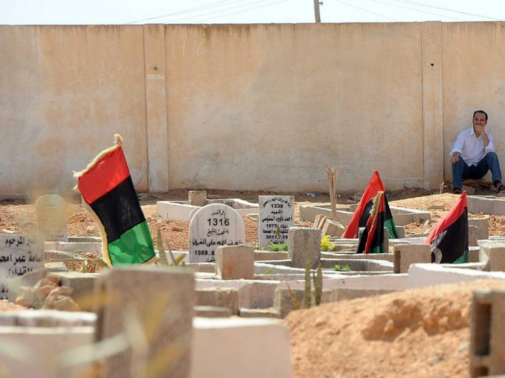 Funeral por los rebeldes muertos en Bengasi