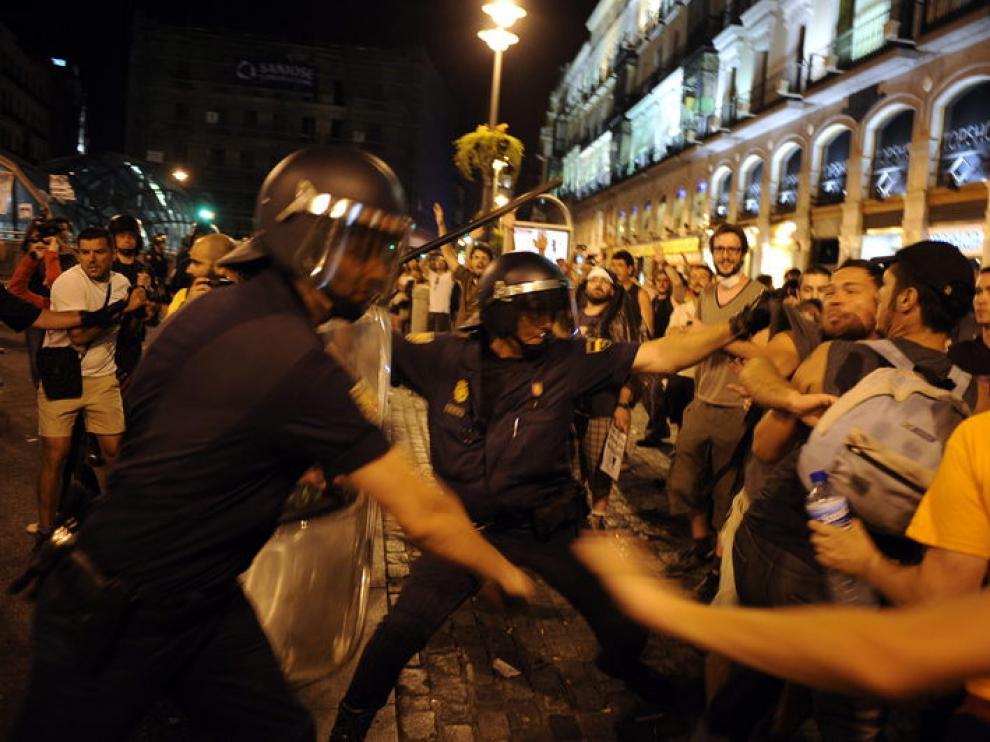 Imagen de la carga policial en Sol