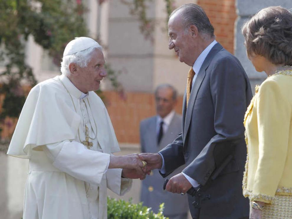 Los Reyes reciben al Papa en a Zarazuela