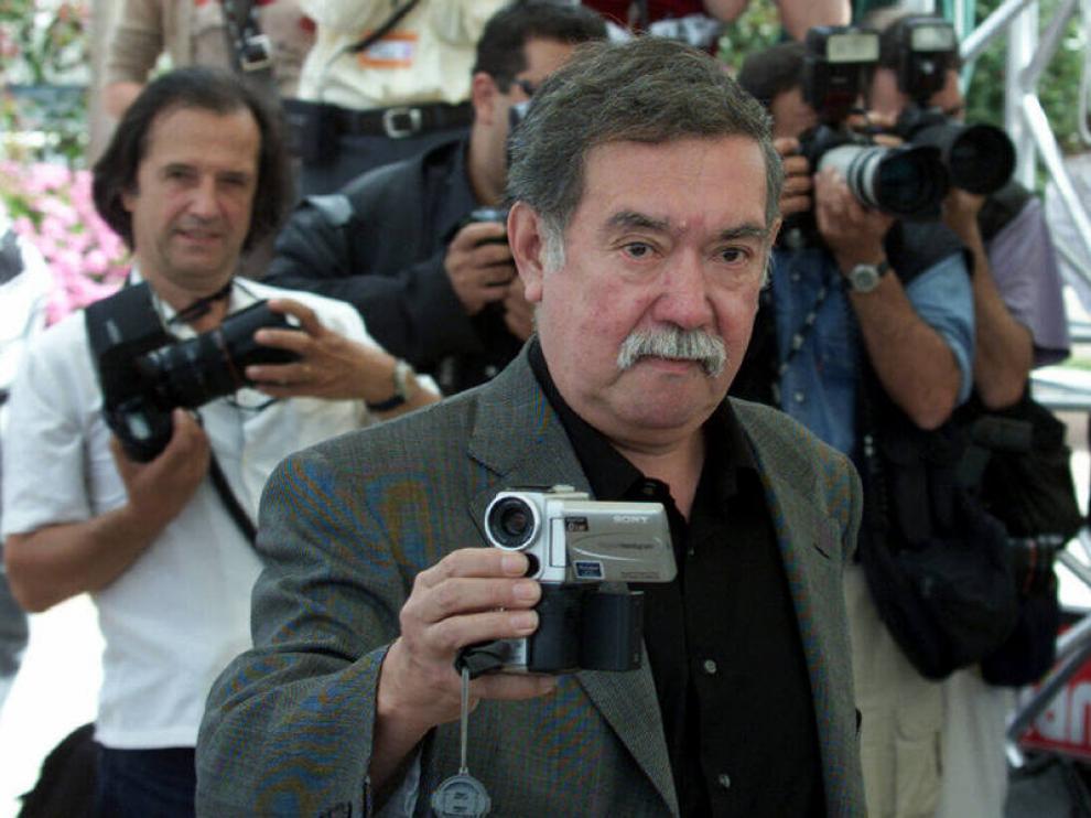 El director chileno Raúl Ruiz, en una imagen en el Festival de Cannes de 2001