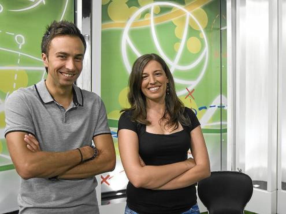 Alfonso Pueyo y Ana Matallana, presentadores de 'Play Zaragoza'.
