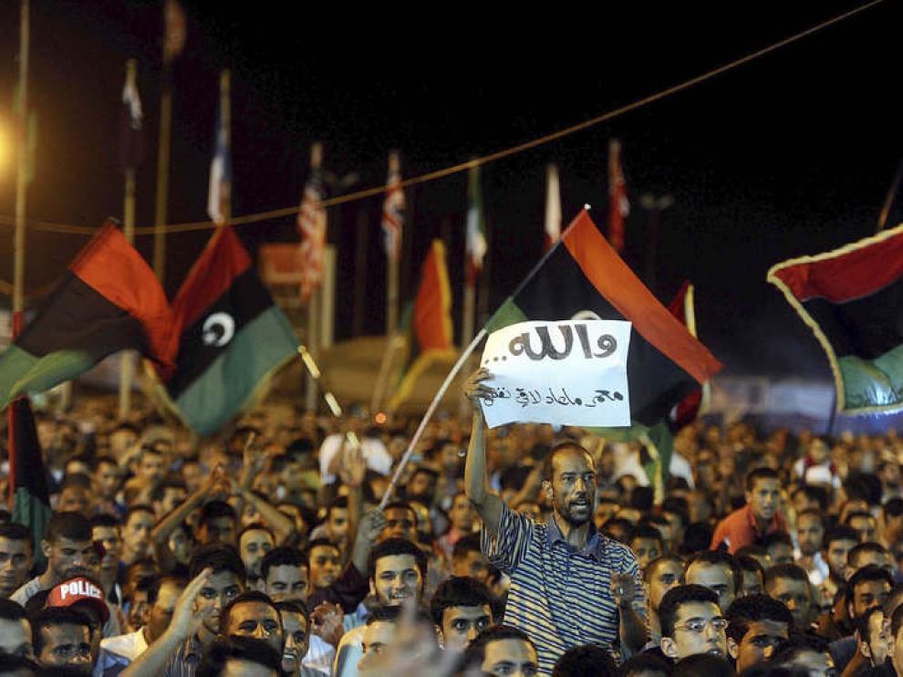Trípoli está tomada por los rebeldes