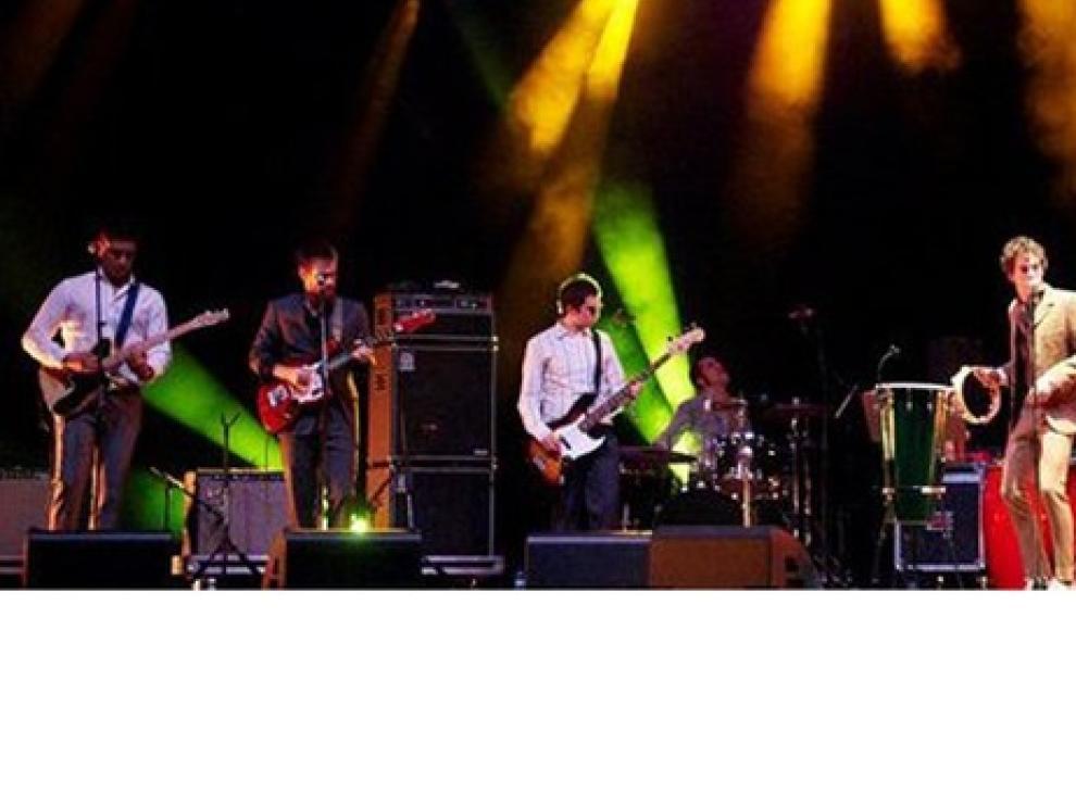 The Faith Keepers durante un concierto.