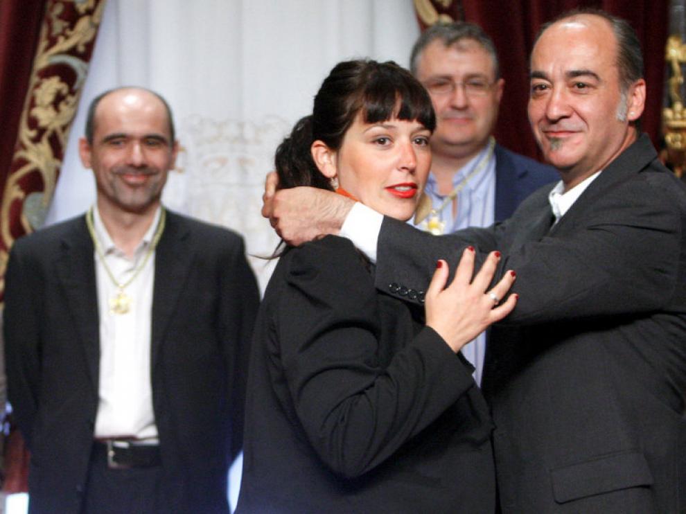 l diputado general de Guipúzcoa, Martín Garitano (i), junto a los diputados, Larraitz Ugarte (c), Jon Uriguen (i), y Juan Carlos Alduntzin (2i, detrás),