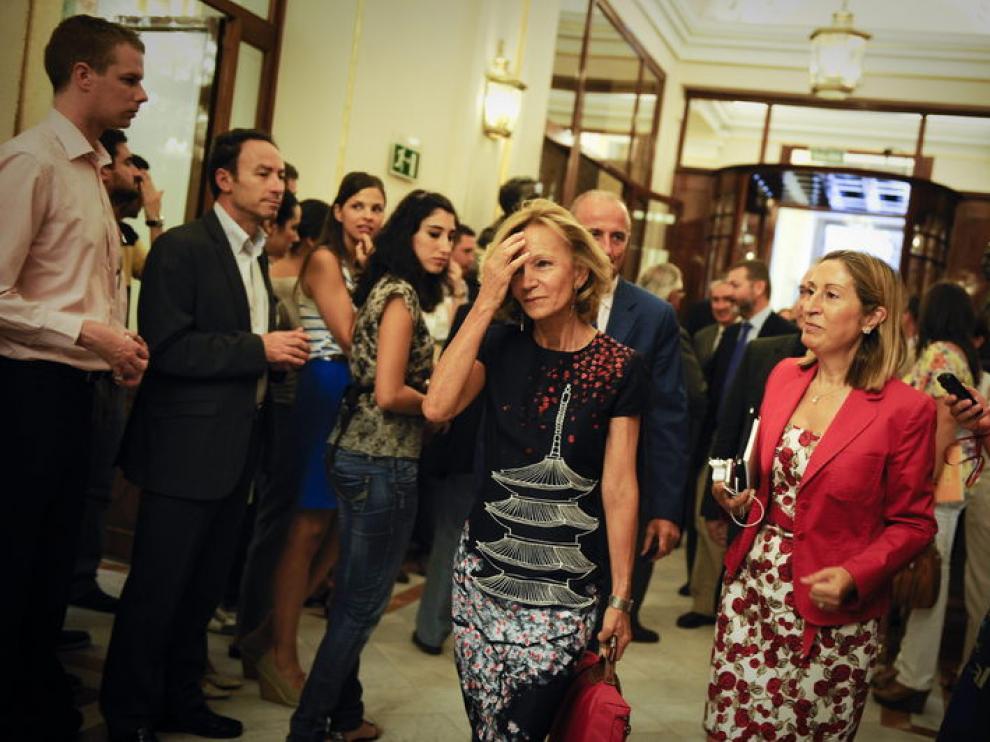 La ministra de economía, Elena Salgado, a su llegada al Parlamento