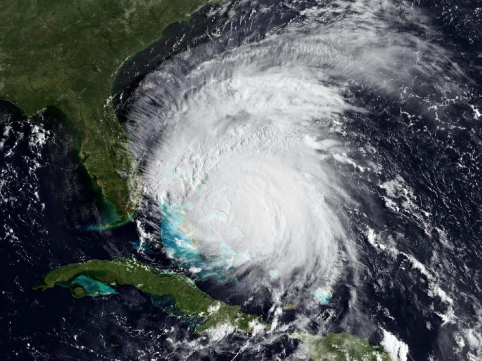 El huracán Irene está llegando a la costa de EE.UU.