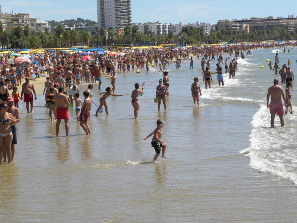 Playa de Llevant de Salou durante este mes de agosto