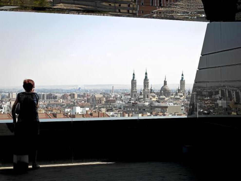 La azotea del IAACC Pablo Serrano es la nueva atalaya de la ciudad.