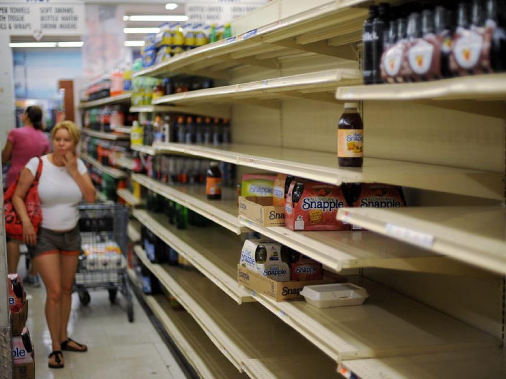 La gente ha hecho acopio de alimentos en Nueva York y en los supermercados faltan productos