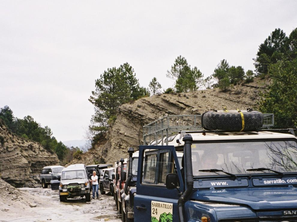 Varios 4x4 de Aventura Raid Sarratillo llegan a su destino pirenaico.