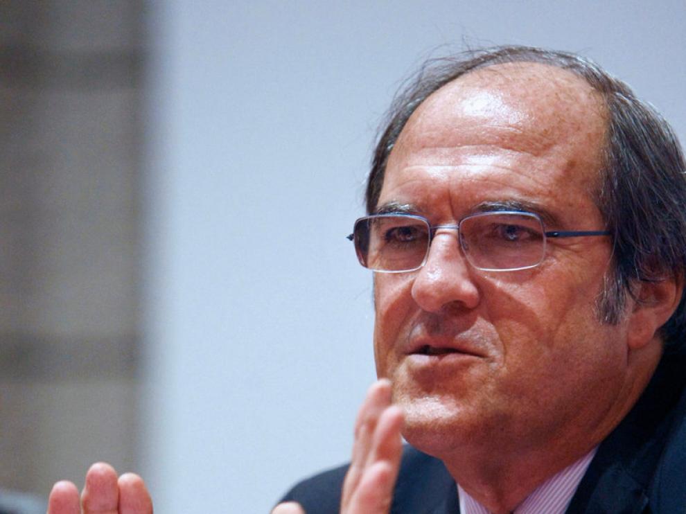El ministro de Educación, Ángel Gabilondo, durante su intervención en Santander