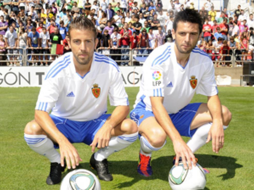 Luis García y Hélder Postiga, con las camisetas de su nuevo equipo