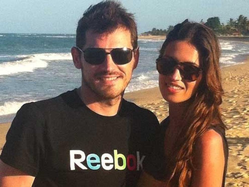 Casillas publicó las fotos de su viaje con Sara Carbonero en Facebook