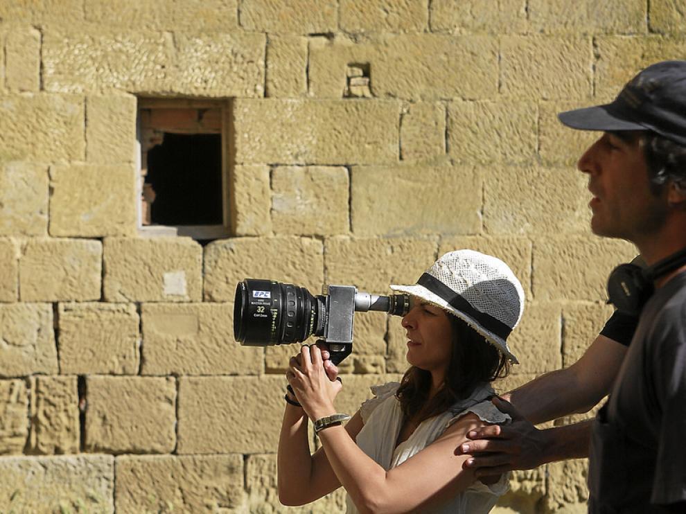 Paula Ortiz en el rodaje de 'De tu ventana a la mía', en los Bañales de Uncastillo