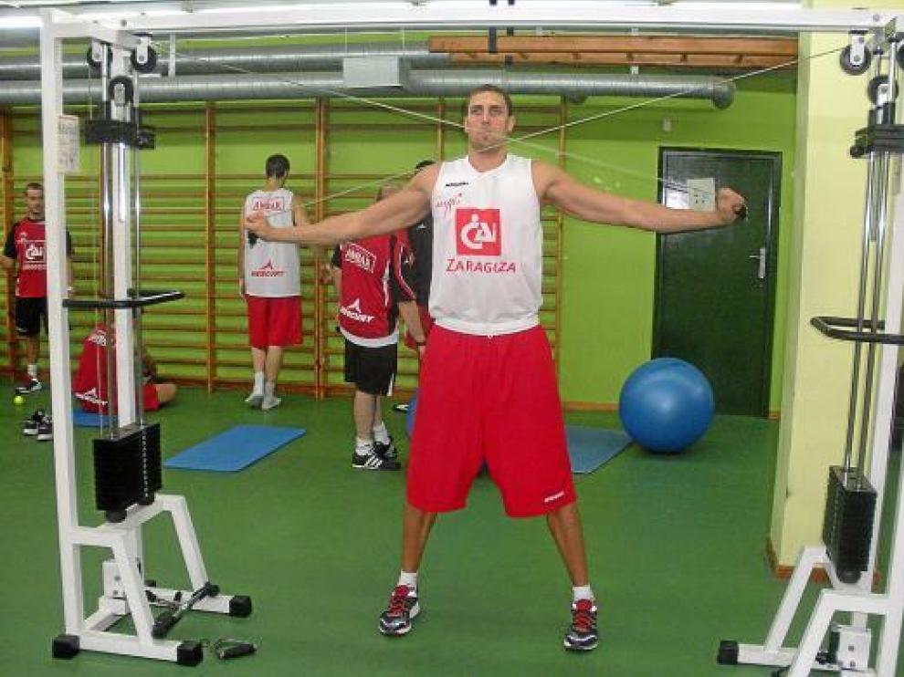 Pablo Aguilar, en el gimnasio.