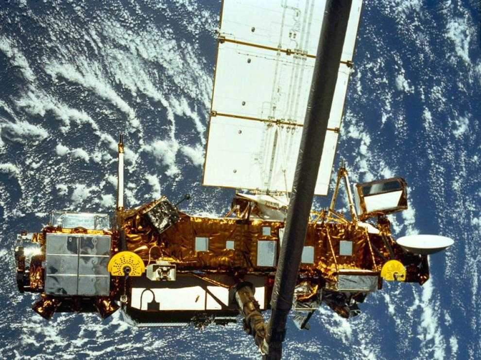 El satélite tiene el tamaño aproximado de un autobús.