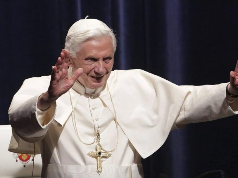 El Papa se despide de Alemania