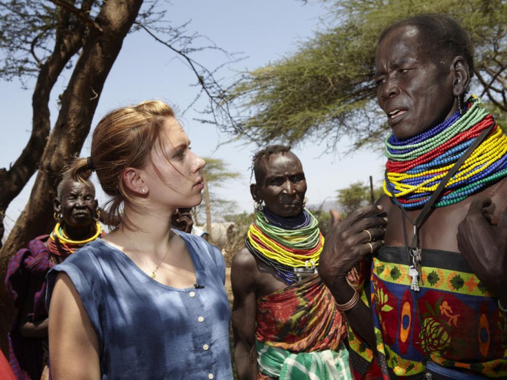 Scarlett Johansson en el Cuerno de África, en una visita para pedir ayuda para la zona.