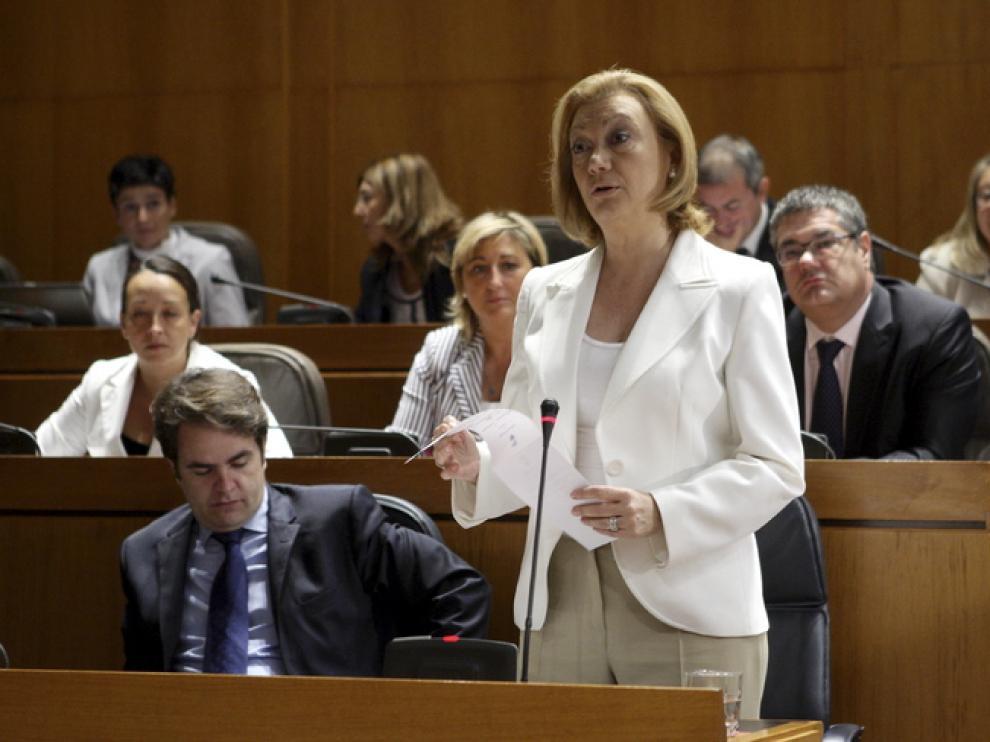 Luisa Fernanda Rudi en el pleno de las Cortes