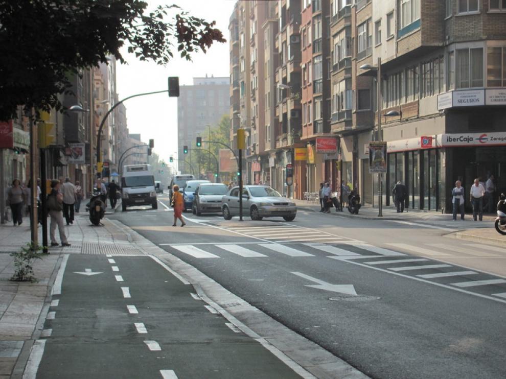 La calle de Miguel Servet, a la altura del número 69.