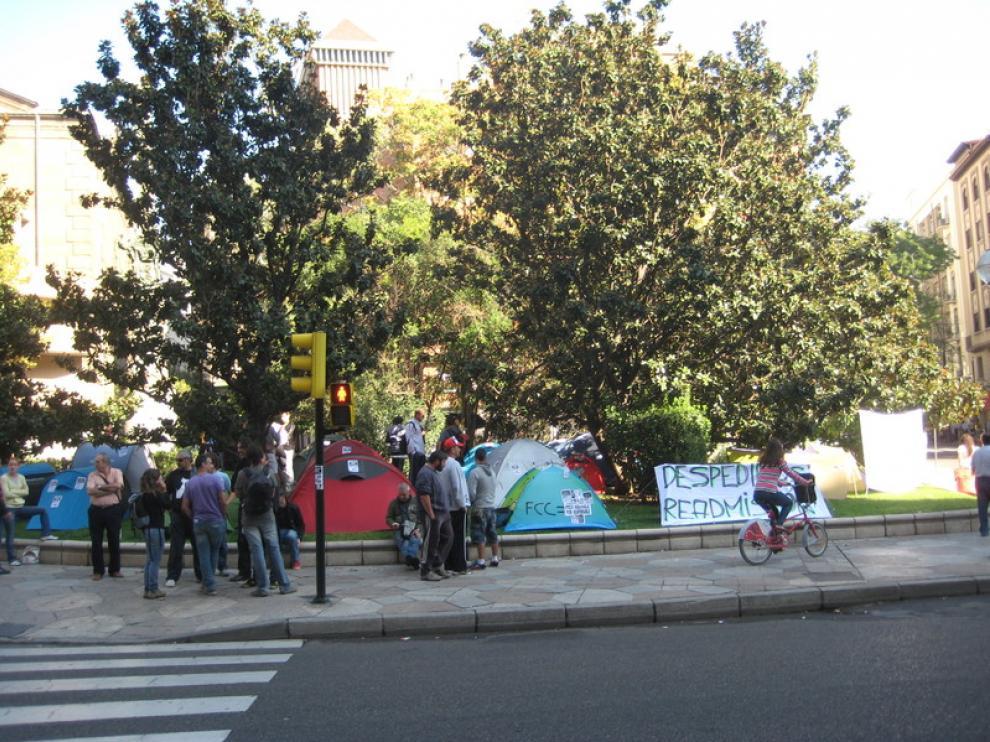 La acampada de los trabajadores de FCC Parques y Jardines