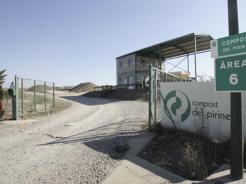 La empresa Compost del Pirineo tiene paralizada la actividad desde hace algo más de 2 meses.