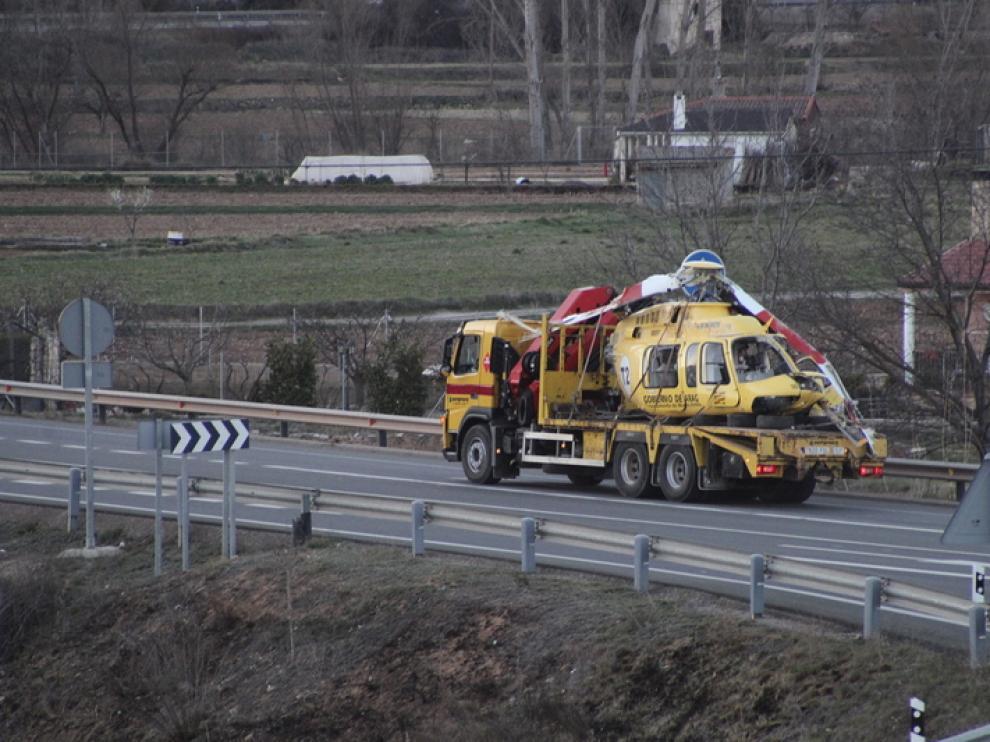 Los restos del helicóptero fueron trasladados a Madrid para su investigación.