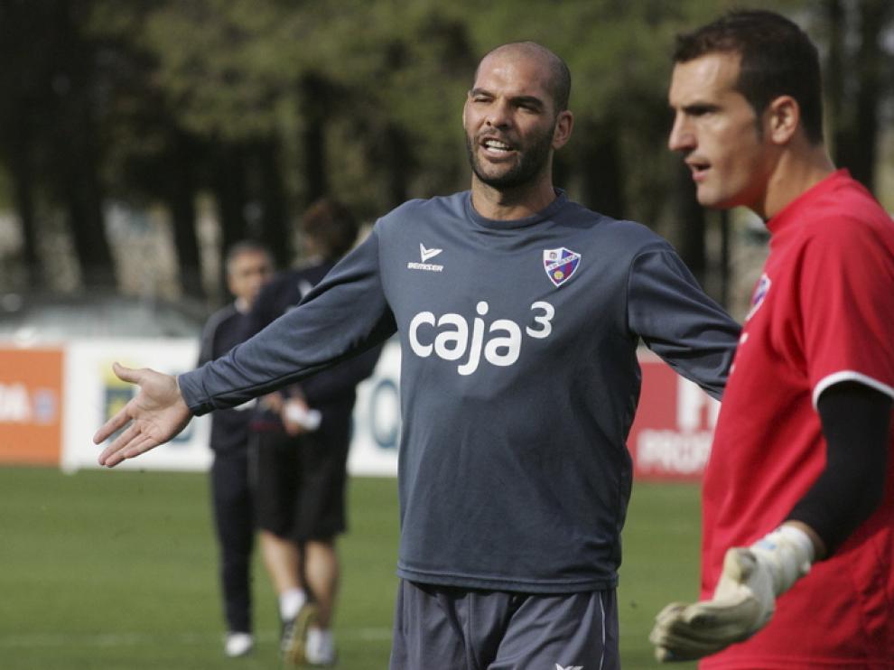 David Rivas, durante el entrenamiento de ayer. El andaluz puede entrar en el once inicial en Gerona.