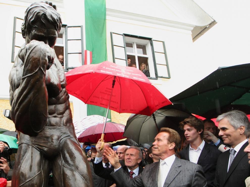 Arnold Schwarzenegger inaugura su museo