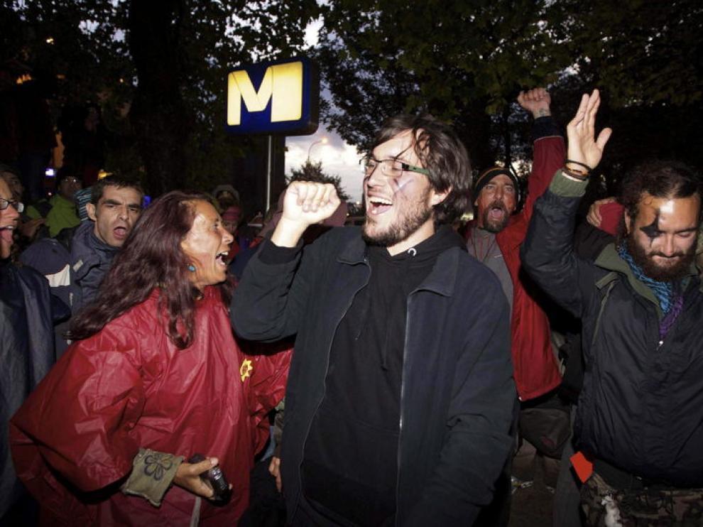 Un grupo de indignados españoles, el sábado en Bruselas