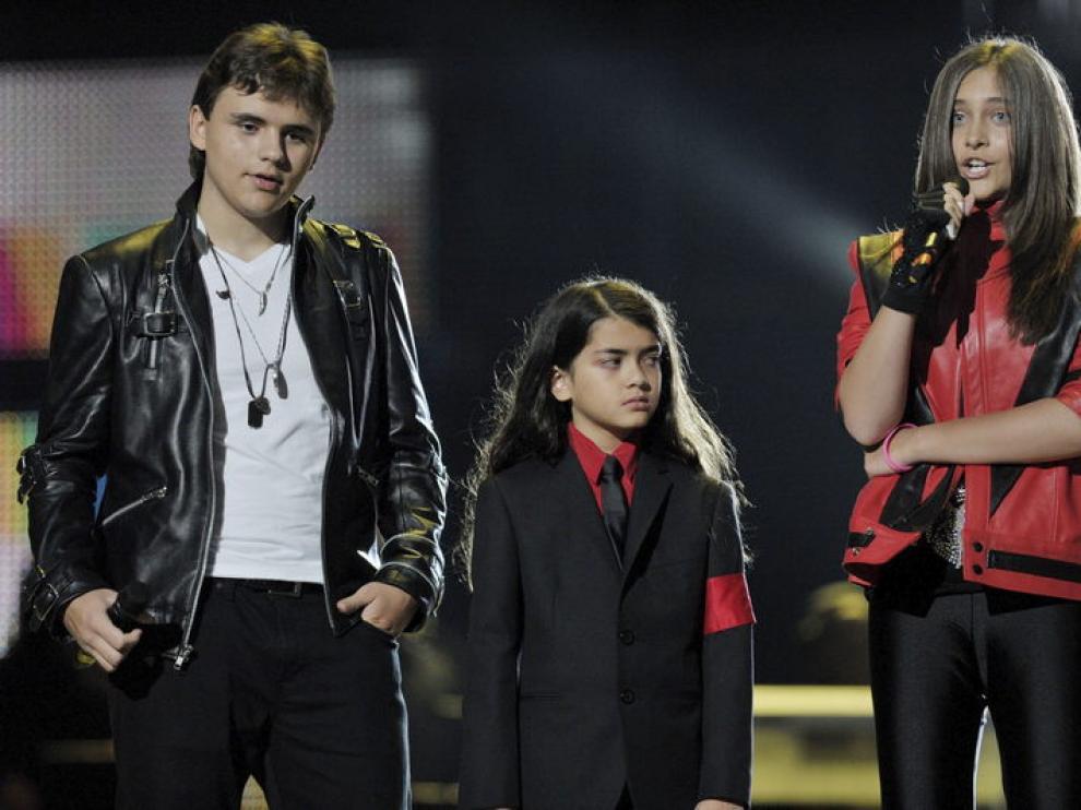 Los hijos de Jackson subieron al escenario en el homenaje a su padre en Cardiff