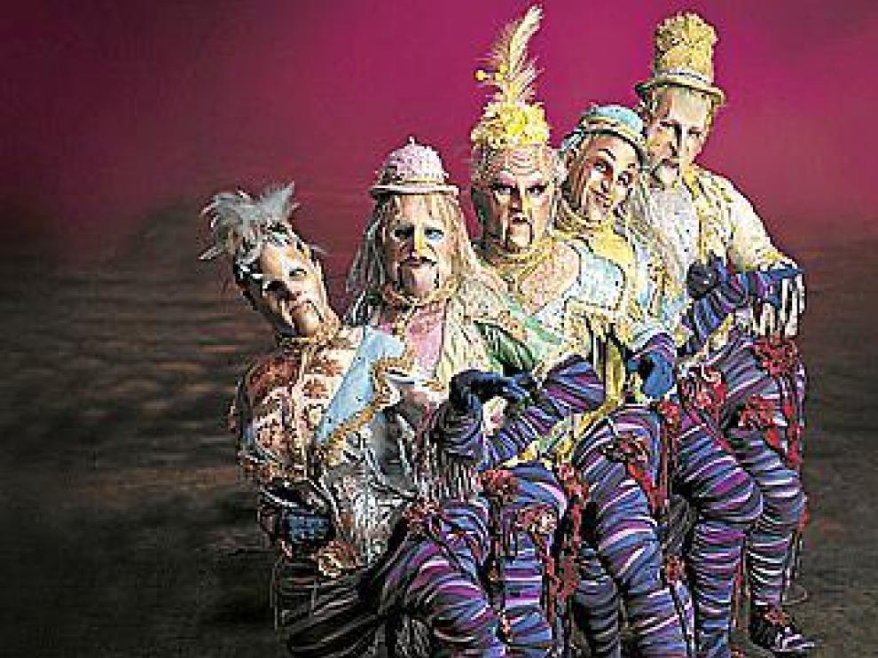 Cinco de los protagonistas del espectáculo 'Alegría' del Circo del Sol.
