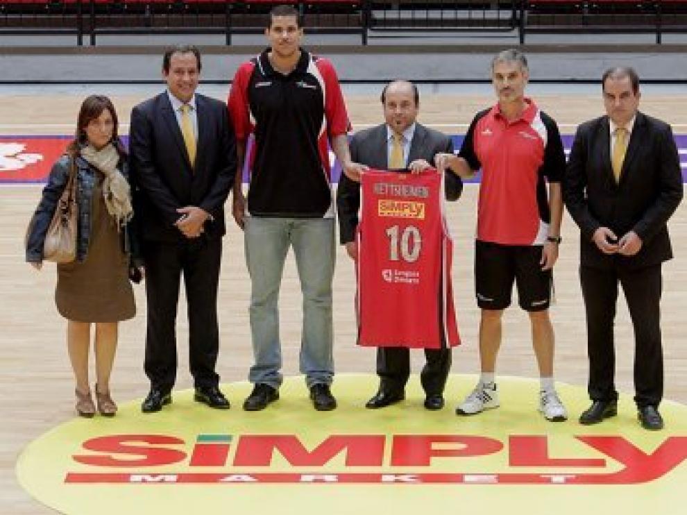 Presentación del nuevo patrocinador de basket Zaragoza