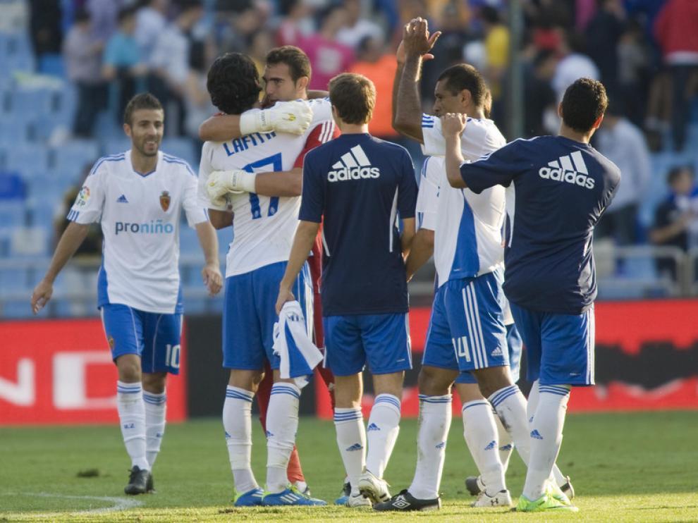 Un momento del partido entre el Real Zaragoza y la Real Sociedad
